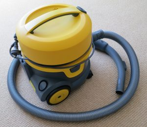 Small commercial vacuum cleaner